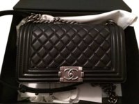 9c5f9e1edb52 Authenticate This CHANEL • Read the rules   use format outlined in ...