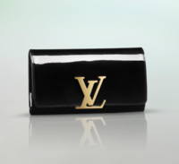 Louis-Vuitton-Black-Patent-Louise-Clutch-Bag.png