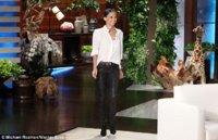 Nicole Richie's blouse 2.jpg