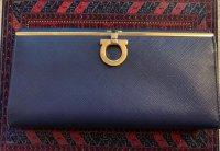 wallet ferragam2.jpg