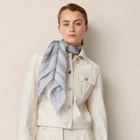 reaction-en-chaines-chemise-scarf-90--073750S 20-worn-7-0-0-1700-1700-q99_b.jpg