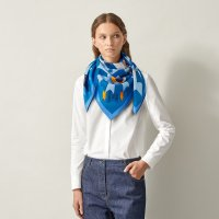 cheval-de-fete-scarf-90--003748SC09-worn-7-0-0-1700-1700-q99_b.jpeg
