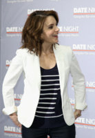 tina-fey-and-madison-marcus-striped-top-gallery.jpg